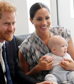 Bebelușul Archie la prima ieșire în public: seamănă leit cu tatăl său, Prințul Harry
