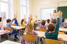 Ultima oră! Elevii vor fi repartizați în clasele pregătitoare în ordine alfabetică, nu cu pile și liste