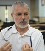 """Dr. Mihai Craiu: """"Dr. Google nu a vindecat nici o urgenţă majoră, la nici un copil din lume. Dar a omorât mai mulţi copii prin decizia eronată a părinţilor lor"""""""