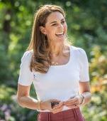 Semnificația colierului pe care îl poartă Kate Middleton. Valoarea unei bijuterii nu stă în bani
