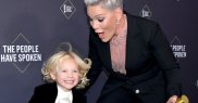 Pink cu fiul ei la E! People's Choice Awards