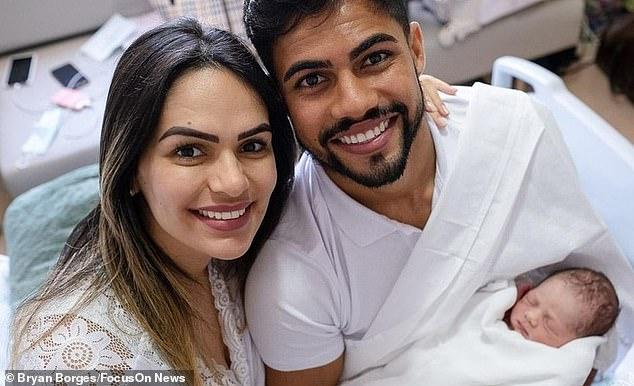 fotbalistul care si-a ajutat sotia sa nasca