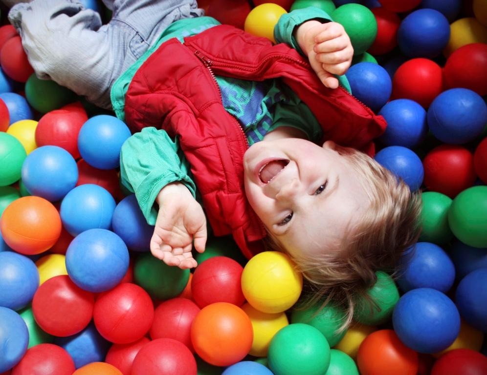Dezvoltarea atentiei la copii - trucuri psihologice pentru ...