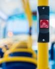 Ghid de bun simț: ce să NU faci în mijloacele de transport în comun