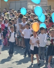 Cum a fost în prima zi de școală? Elicoptere, leșinuri și dansuri moderne