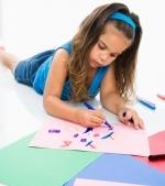 10 activitati simple cu ajutorul carora iti poti invata copilul sa deseneze