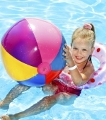 10 idei de jocuri pentru copii in apa