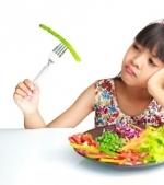 Copilul la masa: idei de jocuri care distrug mofturile
