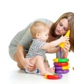 10 jocuri de dezvoltare cognitiva pentru bebelusul de 6 luni
