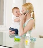 Cultiva-ti prieteniile si cand esti mama - daca poti vorbi la telefon!