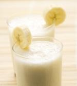 Milkshake cu mere si banane