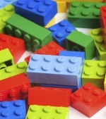 Idei de jocuri cu Lego Duplo care invata copilul culorile