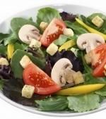 Salata de vara cu spanac si ciuperci