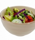 Salata de varza si castraveti cu sos de smantana