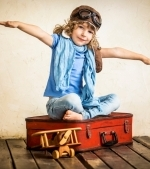 Cum sa călătorești alături de copil cu avionul: Ghid pe vârste