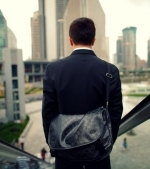 Studiu: hainele pe care le porți îți pot influența modul de a gândi