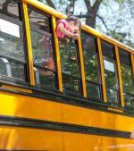 12 poze sincere din prima zi de școală cu părinți extaziați
