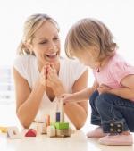 Top 10 cele mai interesante jucării din lemn pentru un copil inteligent