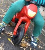De ce băiatul meu adoră tricicleta fără pedale ENDURO