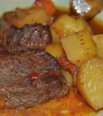 Friptura de vita cu cartofi la cuptor