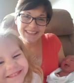 Mămica eroină! A născut natural un bebeluș de aproape 6 kg
