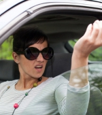 Cum este afectată dezvoltarea copilului când părintele înjură la volan: sfatul psihologului