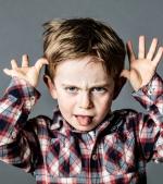 9 semne care îți arată că al tău copil te manipulează