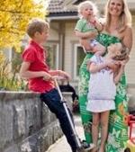 10 trucuri de crestere a celui de-al treilea copil