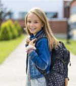 Cum alegi ghiozdanul copilului: sfaturi de la medici și mămici