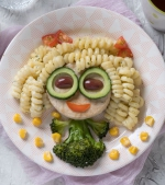 Ghid pe vârste: câte porții din fiecare grupă alimentară trebuie să mănânce un copil