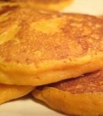 Clatite din cartofi dulci si mere