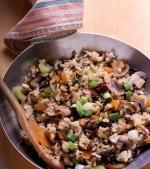 Pilaf de orez brun cu legume