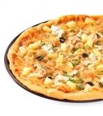 Pizza de casa cu piept de curcan