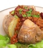 Mancaruri de post: Cartofi umpluti cu zacusca