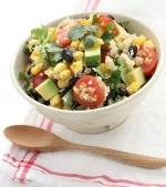 Salata cu porumb si quinoa
