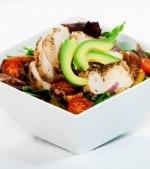 Salata de pui cu avocado