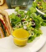 Sos cu mustar si miere pentru salata verde
