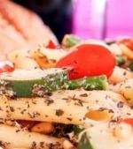 Salata de legume la gratar cu paste
