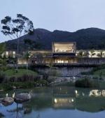 Ti-ar placea sa traiesti aici? Imagini cu cele mai spectaculoase case construite in 2013