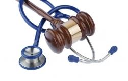 Proiect de lege: haine și produse gratuite pentru bebeluș gravidelor care se prezintă la medic