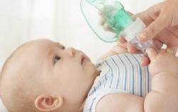5 pericole la care îţi expui copilul imediat după naştere