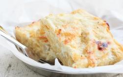 Budincă de macaroane cu brânză