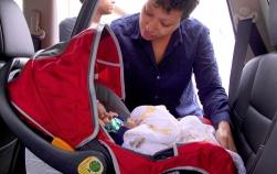 Scaun auto bebe – Sfaturi pentru achiziționarea unui produs sigur și fiabil