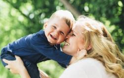 Studiu: În dezvoltarea copilului contează cel mai mult sănătatea, nu bunăstarea materială