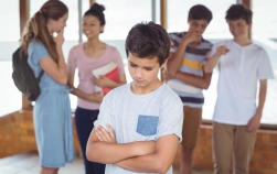 Bullying-ul poate duce la sinucidere. Atenție, părinți!