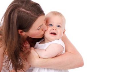 4 lucruri pe care să NU le faci în preajma copilului tău!