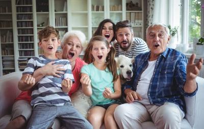 Lucruri pe care le spuneau părinții în trecut și care ar șoca acum părinții milenari