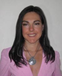 dr. Livia Nena, biolog cu specializare in nutritie si biologie celulara