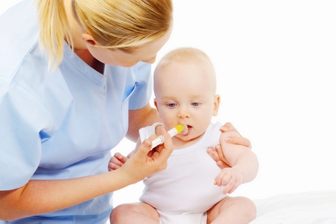 consult pediatric vaccin bebelus pediatru