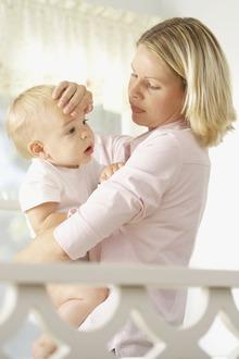 Febra la bebelusi